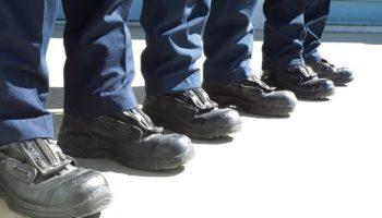 Blog - Sprawdzenie stanu technicznego środków ochrony nóg - przegląd obuwia ochronnego i roboczego