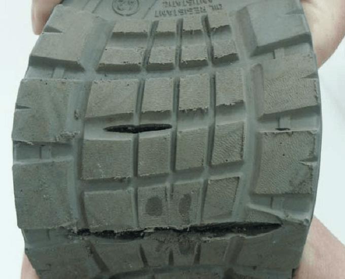 obuwie robocze - przecięcie podeszwy